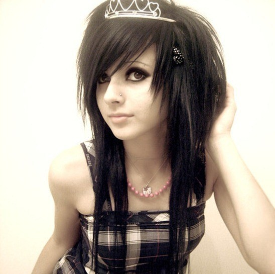 look emo con corona