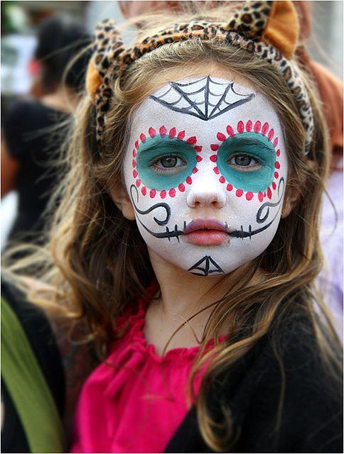 maquillaje-halloween-nino-calavera-mexicana