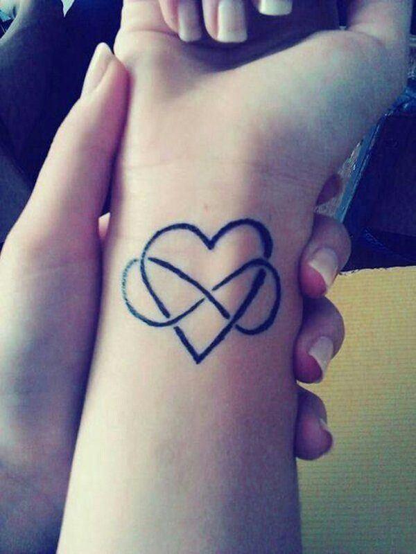 Los Tatuajes De Infinito Aqui Las Fotos Y Su Significado - Simbolo-tatuaje