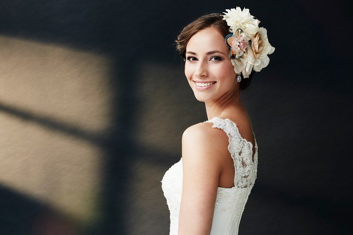 Bridal headdresses with flowers