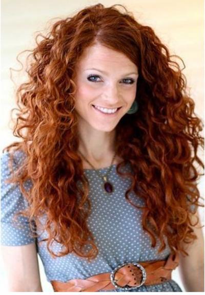 peinados-pelo-rizado-largo-raya-a-un-lado