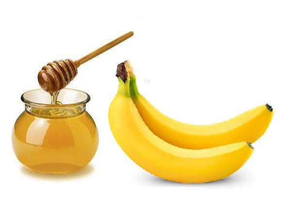 trucos-de-belleza-para-refrescar-la-piel-platano-y-miel
