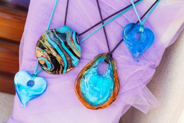 collares-material-reciclado-collar-piedras