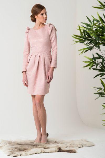 vestidos-de-fiesta-cortos-otono-invierno-rosa-palo