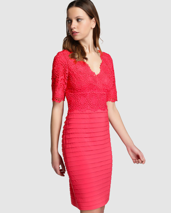 vestidos-de-fiesta-el-corte-ingles-coctel-adriana-papell-crochet-jaretas-coral
