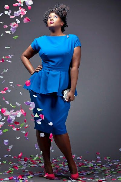 vestidos-para-gorditas-cortos-azul-electrico