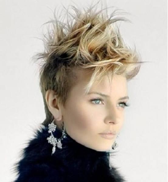 cortes-de-pelo-corto-otono-invierno-punk-rubio-despeinado