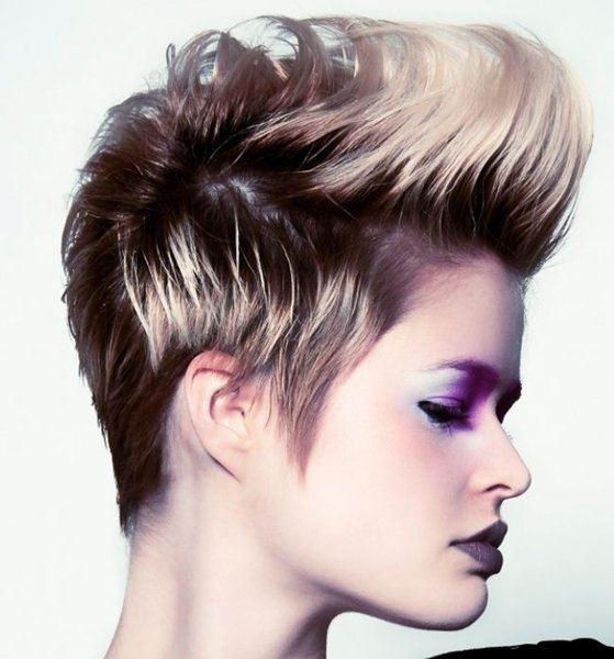 cortes de pelo corto otono invierno punk rubio - Pelados Cortos Mujer