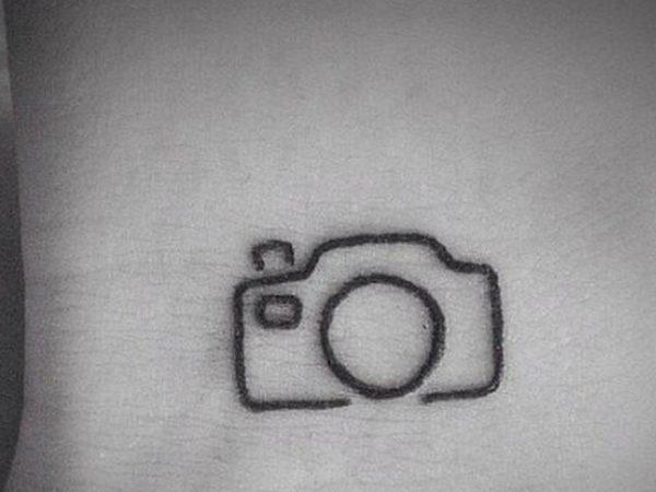 tatuajes-para-mujeres-pequeños-cámara-de-fotos