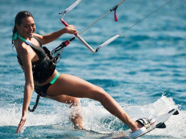 bikini-2016-decathlon-deporte-acuatico