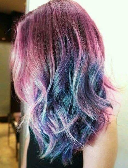 mechas-californianas-de-colores-pelo-corto