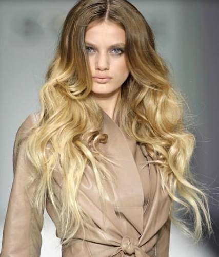 mechas-californianas-largo-dorado