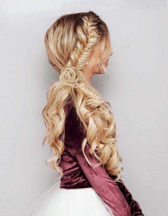 peinados-con-trenzas-elaborada-lateral