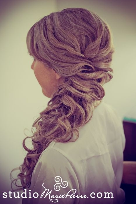 peinados-con-trenzas-lado-ondas
