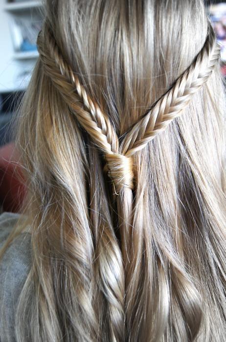 peinados-con-trenzas-pelo-suelto