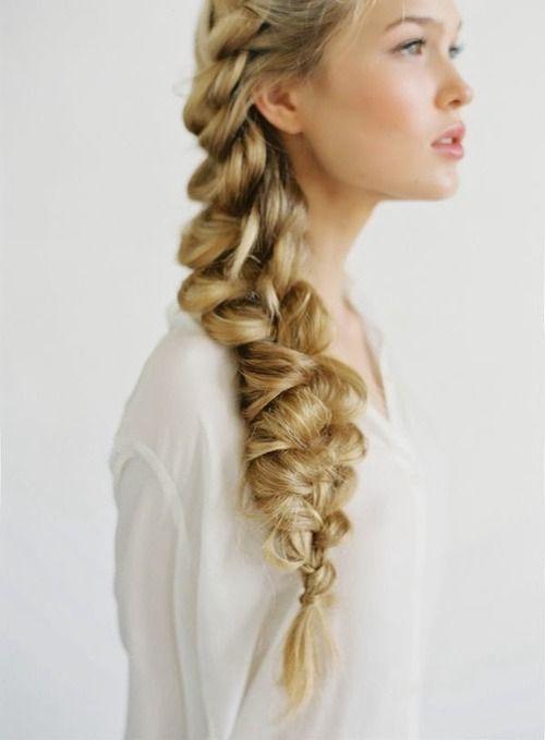 peinados-faciles-trenza-lado-volumen