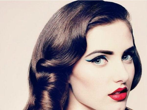 peinados-pin-up-morena-lacio-ojos-pìntados