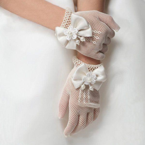 vestidos-de-comunion-nanos-guantes-rejilla-lazos