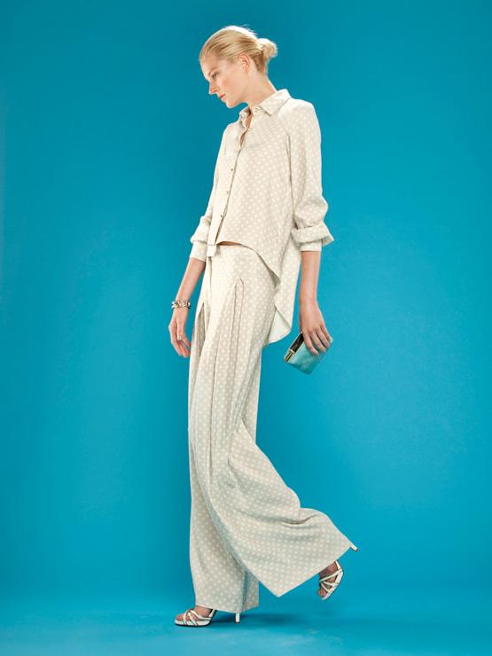 vestidos-de-comunion-para-madres-conjunto-pantalon
