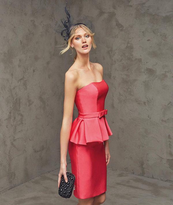 vestidos-de -fiesta-rojos-cortos-pronovia-fez
