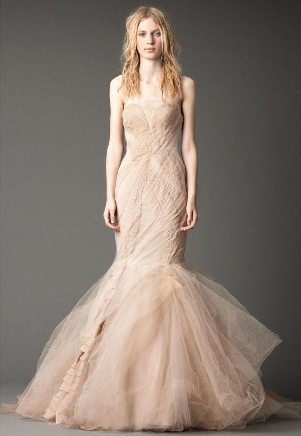 vestidos-de-novia-corte-sirena-color-carne
