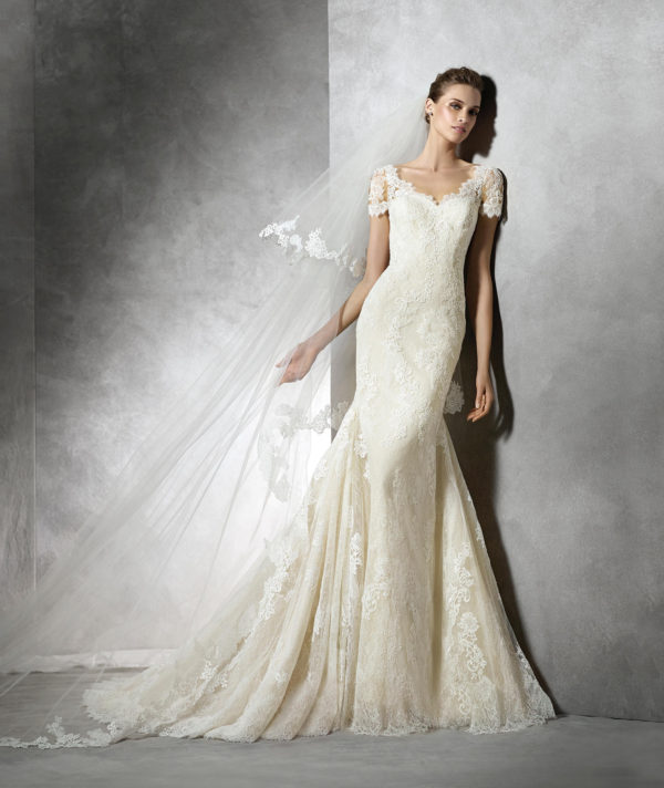 vestidos-de-novia-corte-sirena-encaje-manga-corta