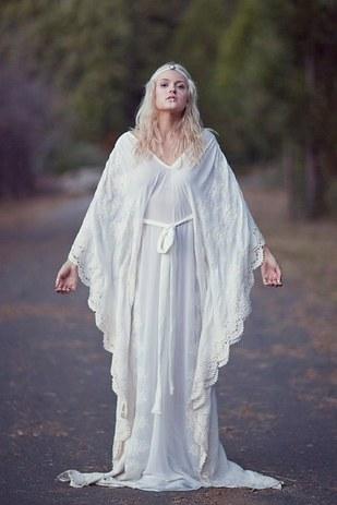 vestidos-de-novia-hippies-coachella-12