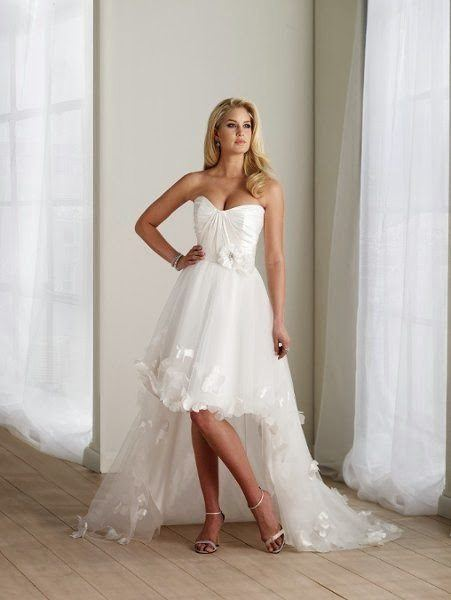 vestidos-de-novia-para-boda-civil-corto-asimetrico-tul