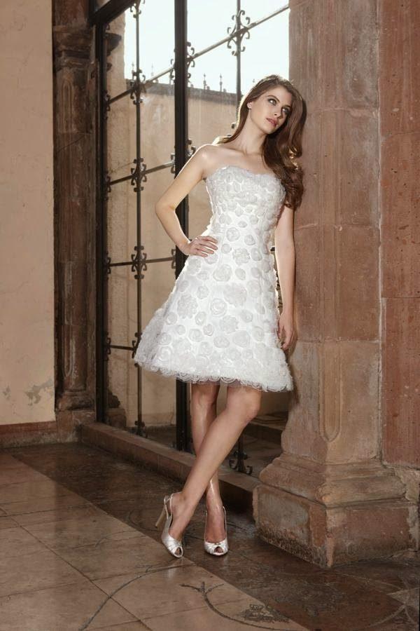 vestidos-de-novia-para-boda-civil-corto-bordados-3d-diseño-trompeta