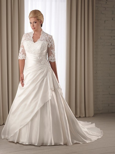wedding-dresses-for-chubby-lace-jacket