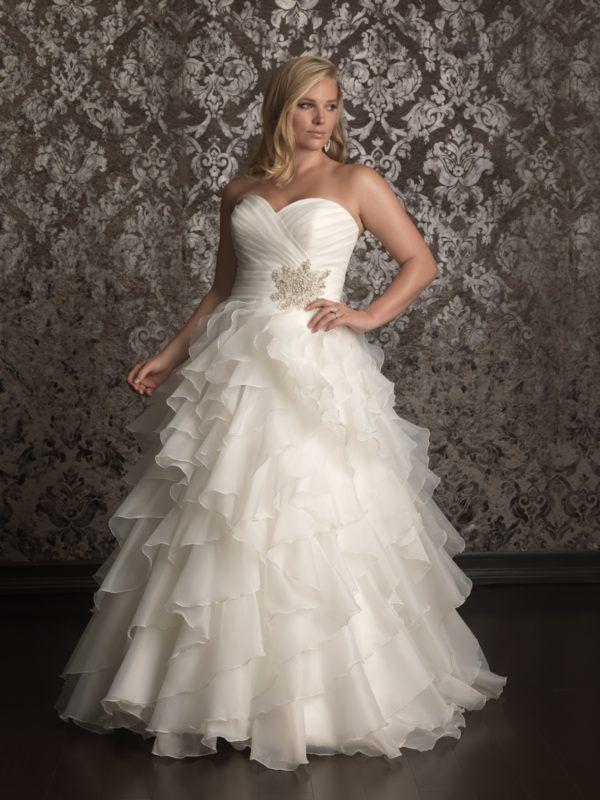 vestidos-de-novia-para-gorditas-corte-princesa-volantes