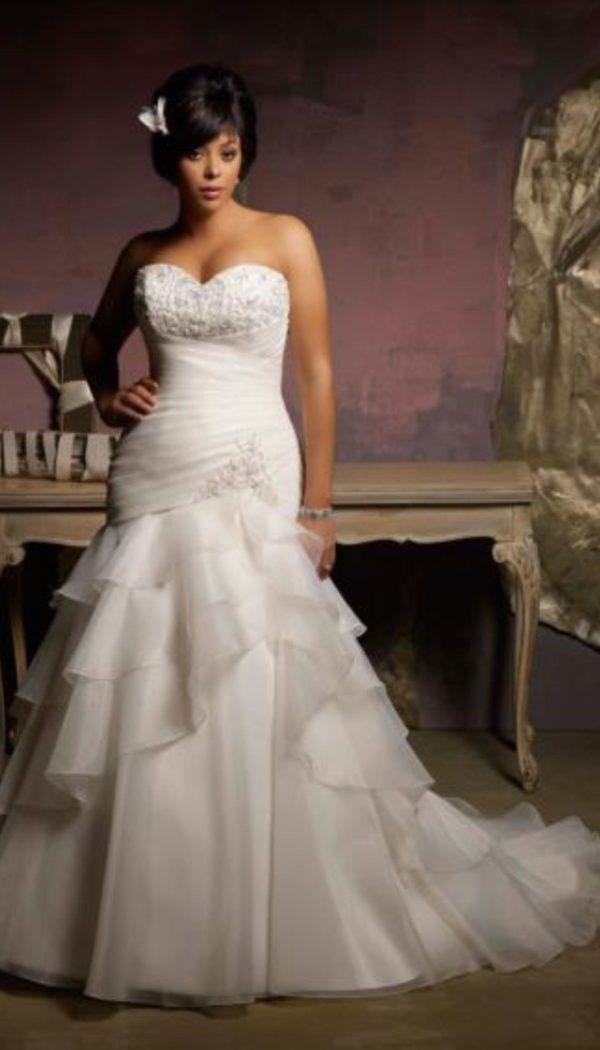 vestidos-de-novia-para-gorditas-escote-corazon