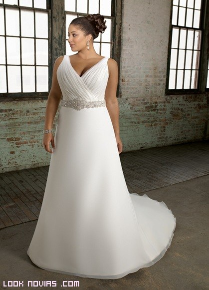 Vestidos de novia tipo imperio para gorditas