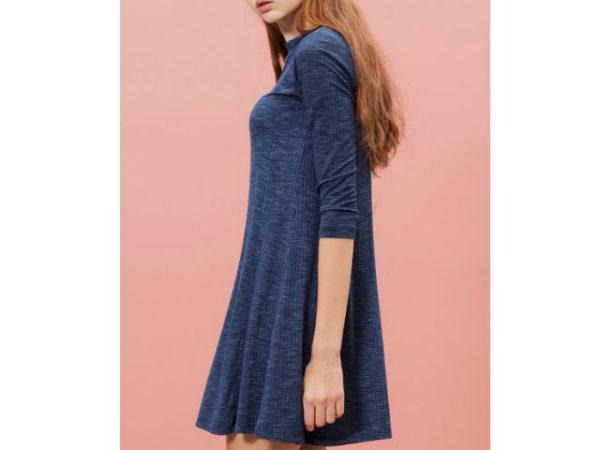 catálogo-stradivarius-vestidos-azul-marino