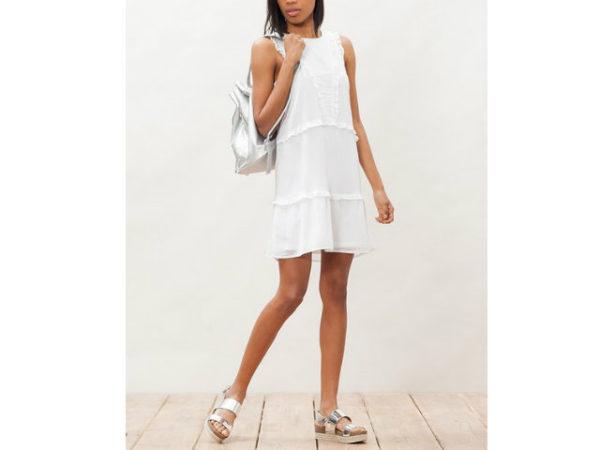 catálogo-stradivarius-vestidos-blanco-volantes