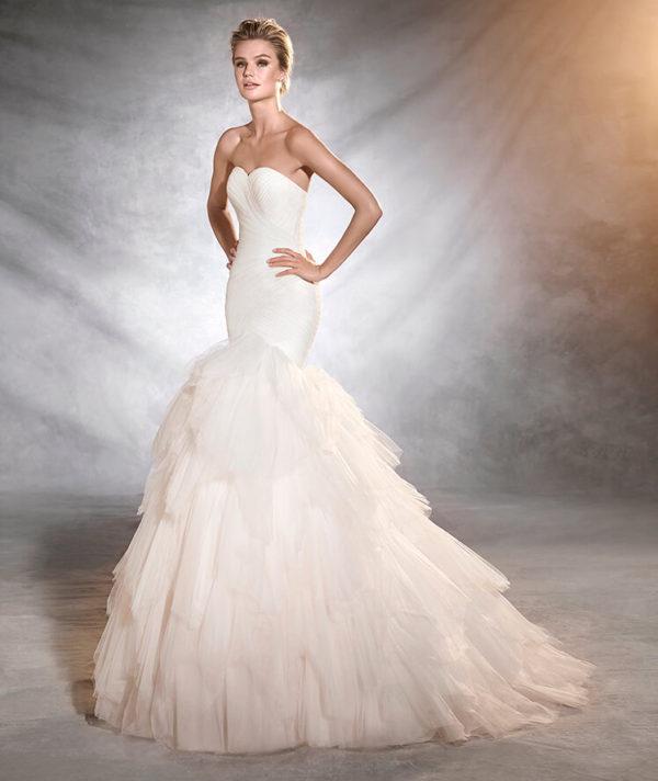 Vestidos de novia corte semi sirena
