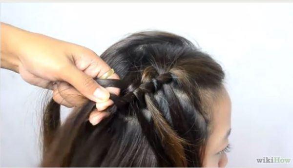 peinados-faciles-pelo-largo-trenza-cascada-6