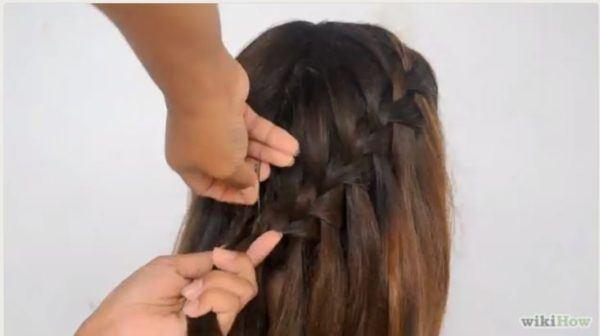 peinados-faciles-pelo-largo-trenza-cascada-7