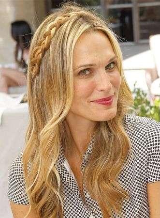 Peinados De Fiesta Pelo Suelto 2018 Peinados Populares En Espana
