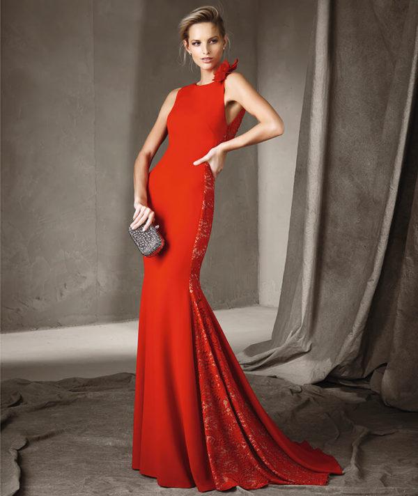 vestidos-de-fiesta-pronovias-otono-invierno-2017-rojo-bordado-plateado
