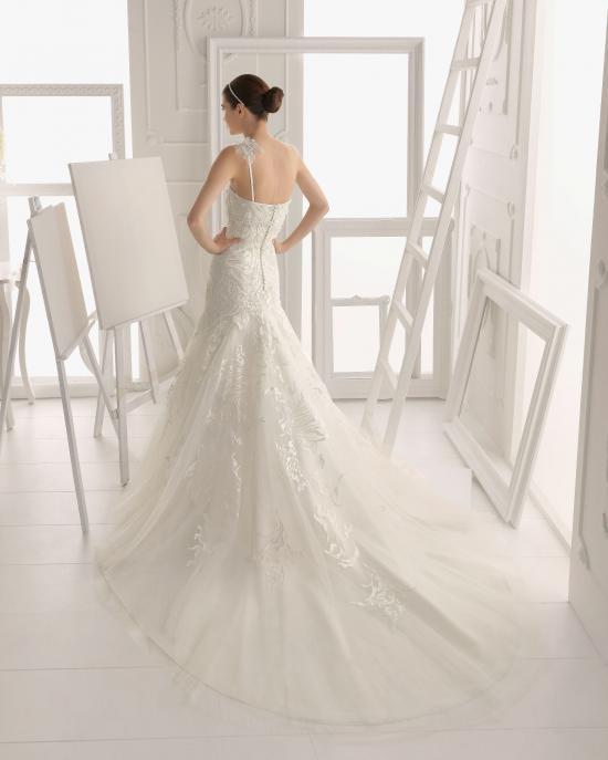 vestidos-de-novia-el-corte-ingles-otono-invierno-2017-cola-sirena