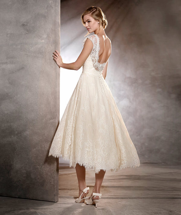 c39bf341a vestidos para una boda civil en invierno