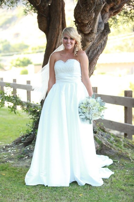 wedding-dresses-for-chubby-autumn-winter-2017-heart