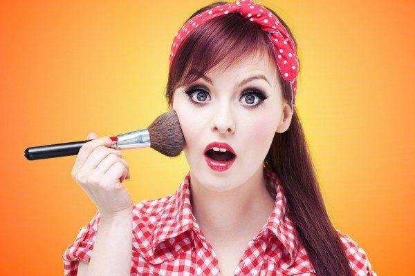 maquillaje-pin-up-blush