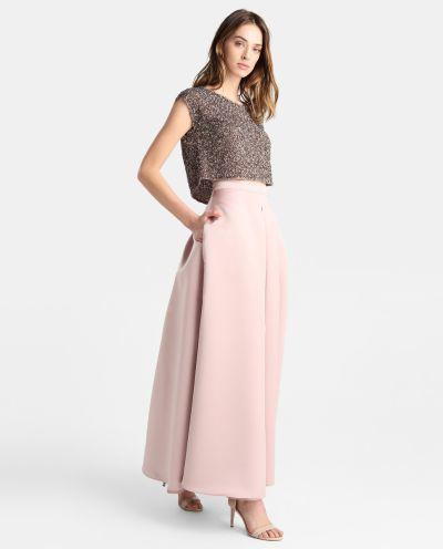 los-vestidos-de-comunion-para-madres-falda-larga-rosa-fiesta-2018-elcorteingles