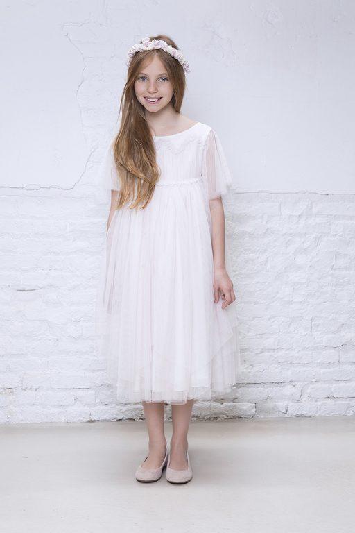 Vestidos De Comunion Para Ninas 2019 Sencillos Modernos Y Diferentes