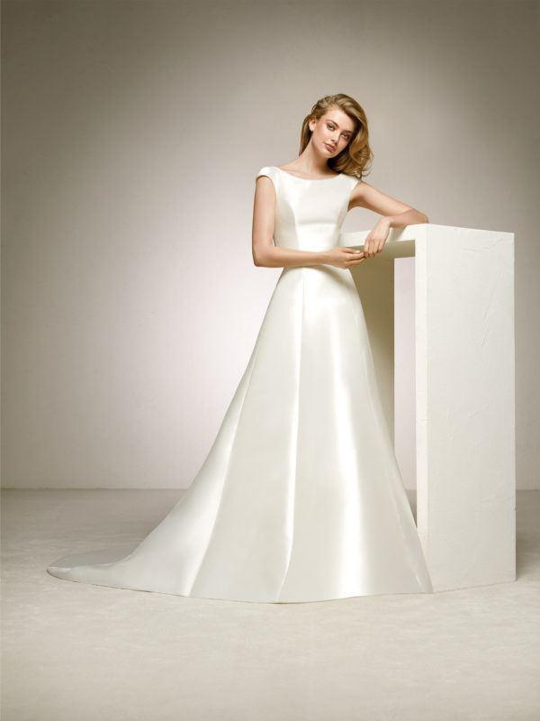 23d9fe9b Es un vestido que se define por la diferencia ente el talle y la falda, ya  que cuenta con un talle muy ajustado hasta la cintura, para dar paso a una  falda ...