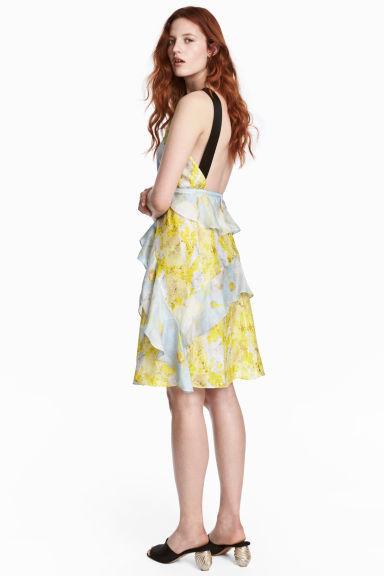 vestidos-amarillos-corto-gasa-hm