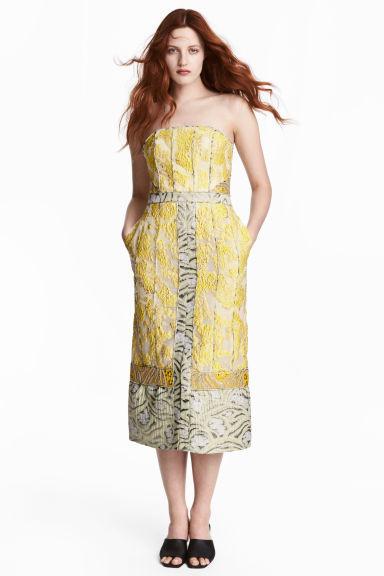 Complementos vestido amarillo y blanco