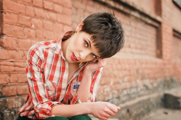 Cortes de pelo corto para mujer garcon informal